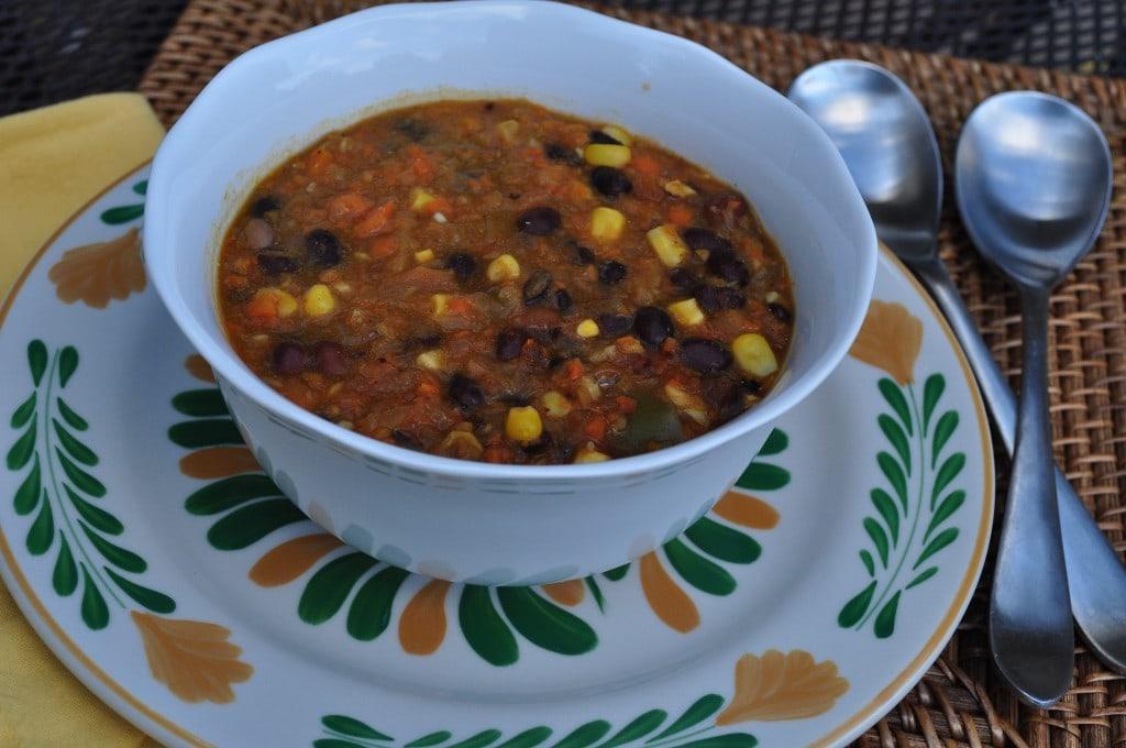Black-Bean-Vegetable-Soup-1024x680