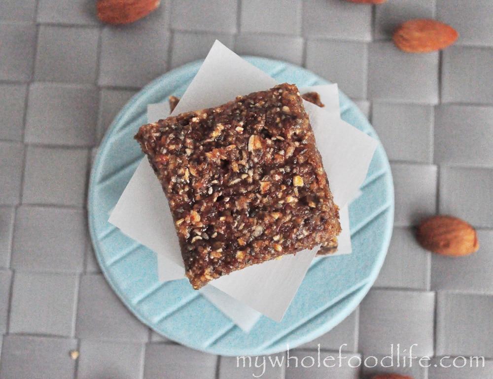 Almond Butter Protein Bars (Vegan)
