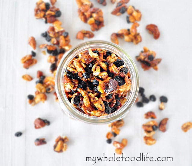 Blueberry Vanilla Cashew Trail Mix - My Whole Food Life 1