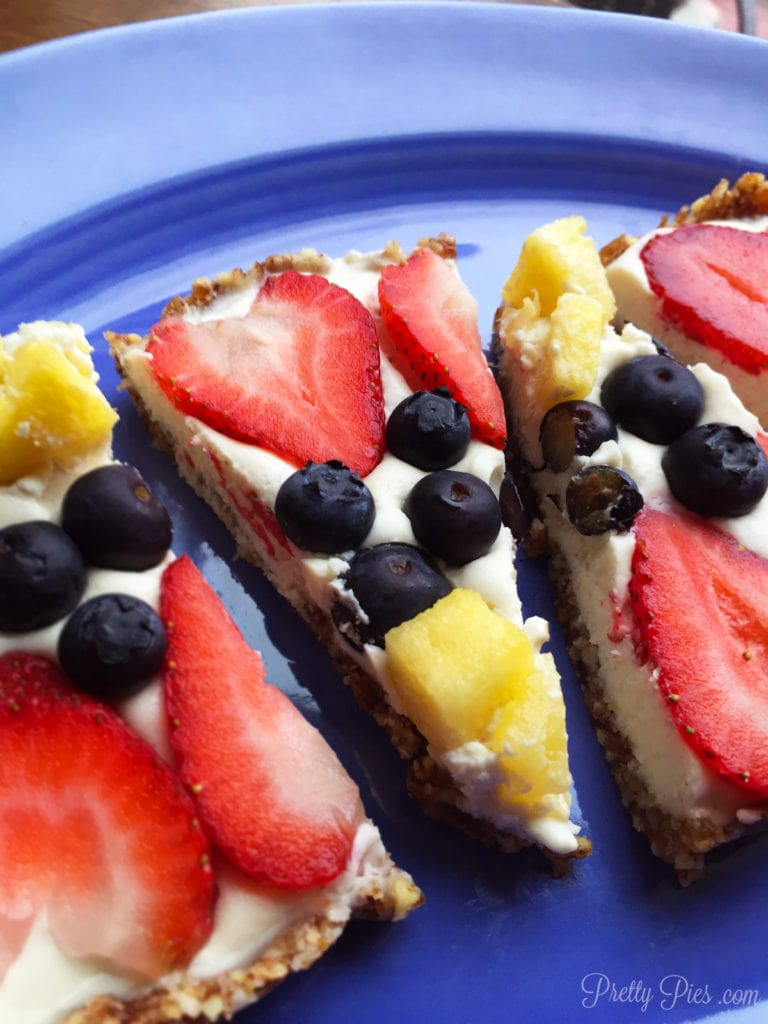 2 No-Bake-Fruit-Pizza-Vegan-Paleo-pretty-pies