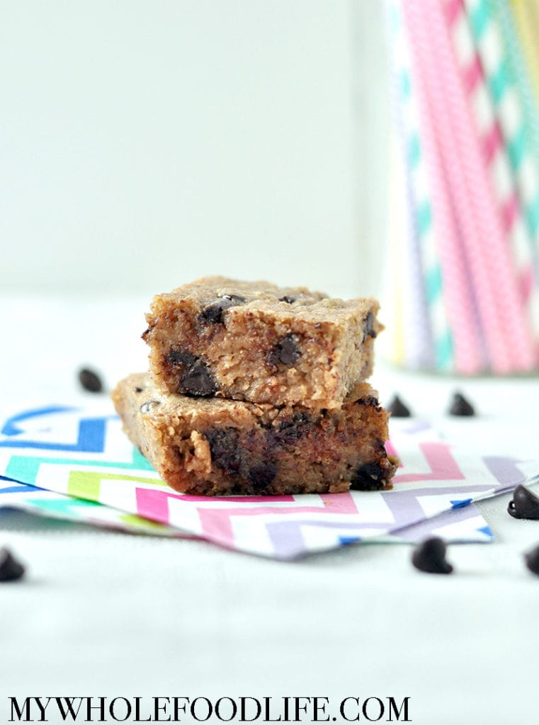 chocolate chip quinoa blondies